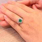 コロンビア産エメラルド0.8ct ダイヤ0.4ct プラチナ リング(指輪)