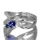 ベニトアイト 0.6ct ダイヤモンド プラチナ リング(指輪)